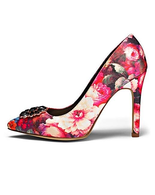 472d93e34 ... Sole Diva Jewelled Floral Pattern Court Shoes