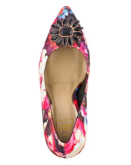 bb21caf8d Sole Diva Jewelled Floral Pattern Court Shoes
